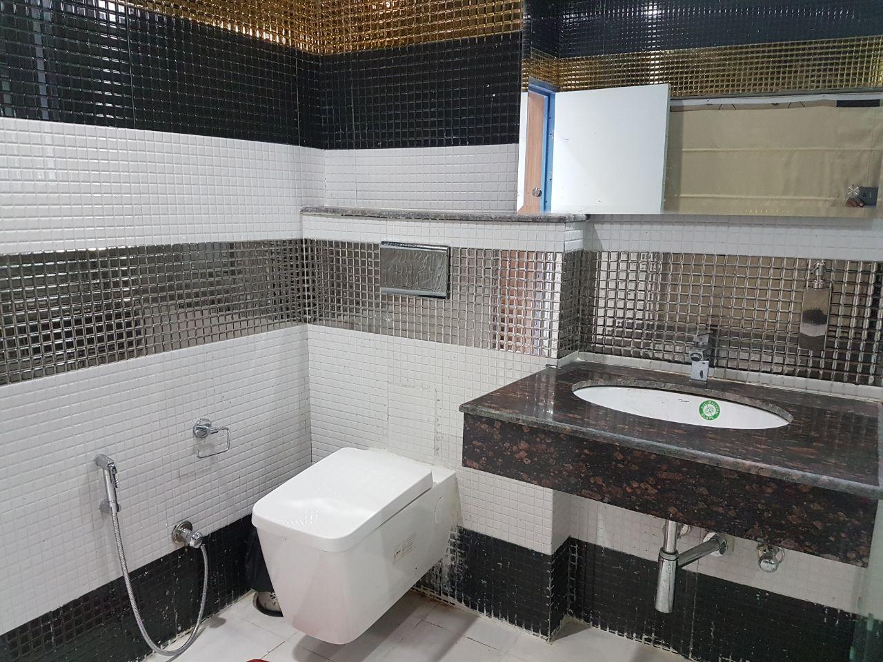 Washroom in Dharamsala